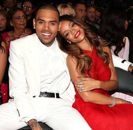 Chris Brown Kisses Rihanna Before Her Show, Says He Loves Her: Report