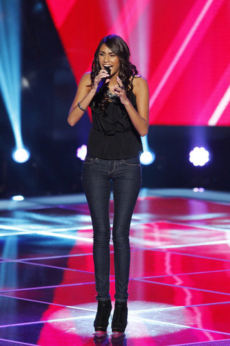 "Watch Chelsea M. Sing ""Take A Bow"" on The Voice 2013 Blind Auditions (VIDEO)"