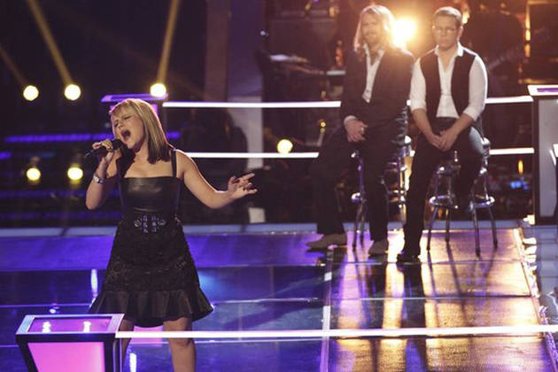 Midas Whale and Amber Carrington Sing on The Voice 2013 Knockout Rounds (VIDEO)