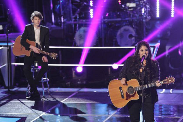 Tawnya Reynolds and Garrett Gardner Sing on The Voice 2013 Knockout Rounds (VIDEO)