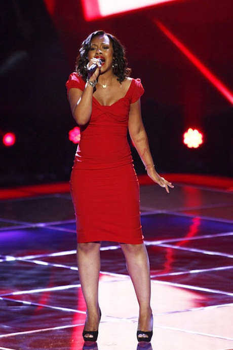"Watch Sasha Allen Sing ""Not Ready to Make Nice"" on The Voice 2013 Blind Auditions (VIDEO)"