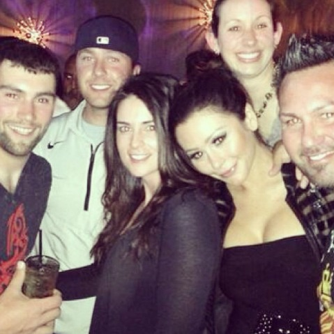 JWOWW and Roger Hang Out With His Family! — Adorable Alert! (PHOTO)