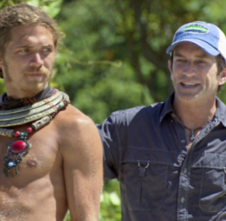 """Survivor Caramoan Spoilers: Who Faces a """"Tough"""" Situation Next Week?"""