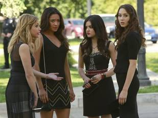 "Pretty Little Liars Season 4, Episode 8 Title Revealed: ""The [SPOILER]'s Handbook"""