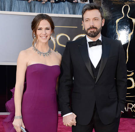 Ben Affleck, Jennifer Garner Joke About Their Marriage on SNL
