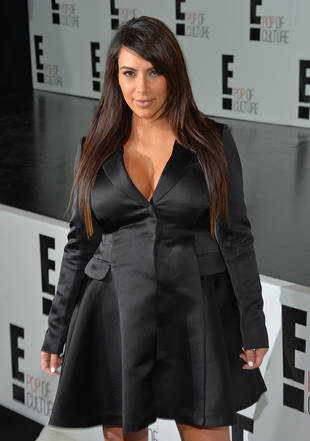Pregnant Kim Kardashian Shows Off Swollen Feet on Instagram (PHOTO)