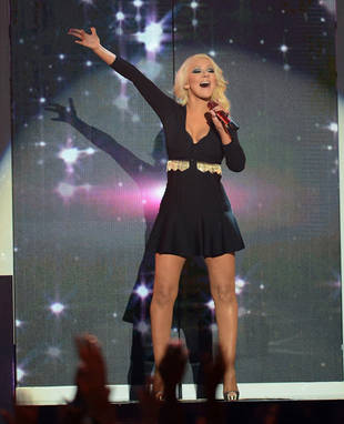Christina Aguilera Continues to Shed the Pounds, Dazzles at 2013 Billboard Music Awards! (PHOTO)