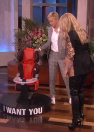 Shakira Receives the Cutest Baby Present Ever From Ellen DeGeneres! (VIDEO)
