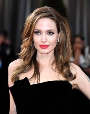 "Giuliana Rancic on Angelina Jolie Mastectomy: I ""Applaud"" Her Decision"