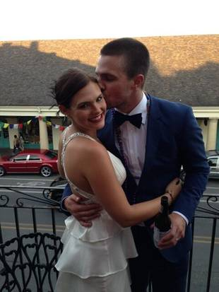 Arrow's Stephen Amell Marries ANTM's Cassandra Jean… Again! (PHOTO)