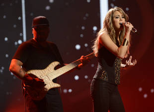 American Idol 2013 Spoilers: Angie Miller To Perform Original Song On Finale?