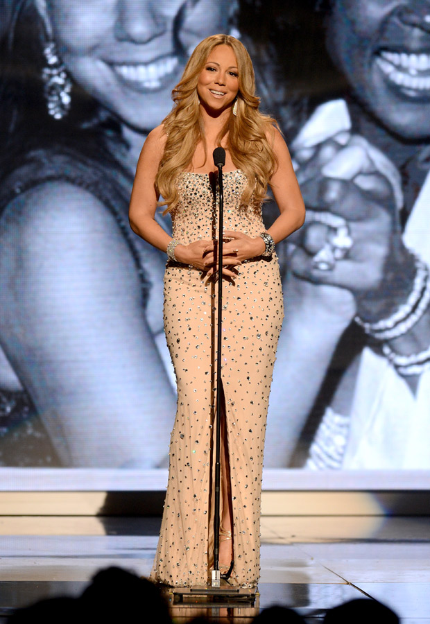Mariah Carey Refuses to Stand for Jennifer Lopez on American Idol