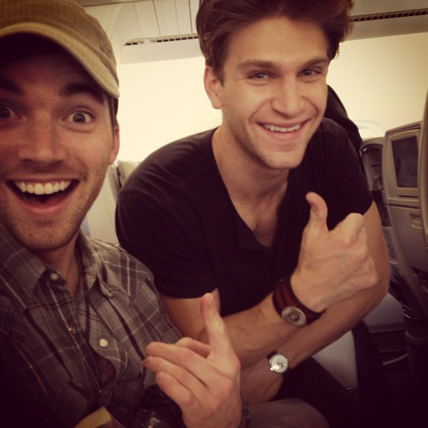 Ian Harding Meets Keegan Allen's Mom on Pretty Little Liars Set — And It's Adorable (VIDEO)