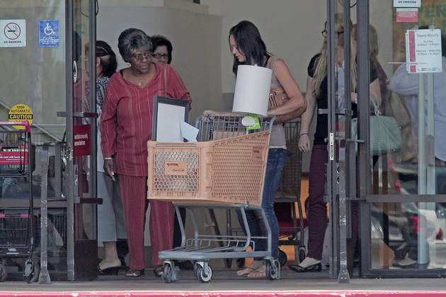 Desiree Hartsock is Just Like Us: She's a Discount Shopper!