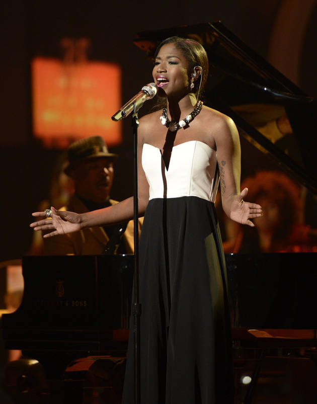 Did Amber Holcomb Deserve to Go Home on American Idol 2013, May 2?