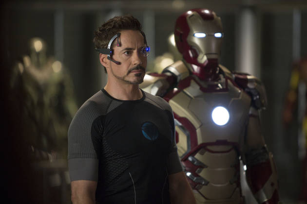 Iron Man 3 Patrons Call 911 When Actors Bring Fake Guns Into Theater