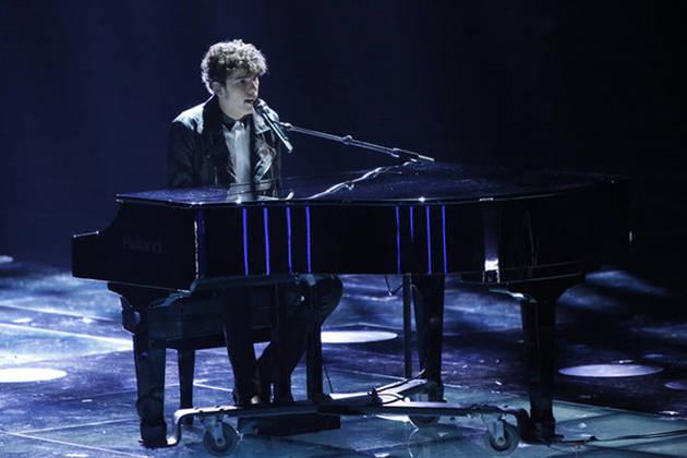 "Garrett Gardner Sings ""Imagine""on The Voice 2013 Live Show, May 7 (VIDEO)"