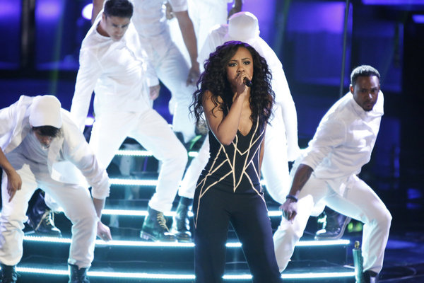"Sasha Allen Sings ""Without You"" on The Voice 2013 Live Shows, May 27 (VIDEO)"