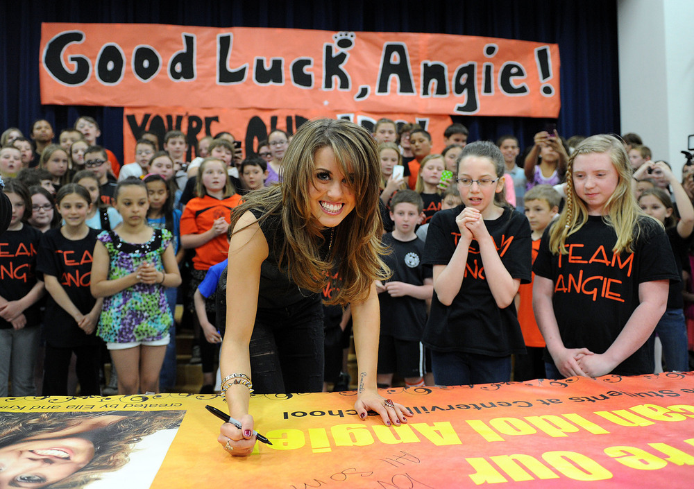 American Idol 2013 Spoilers: Angie Miller's Hometown Visit to Beverly, MA! (VIDEOS)
