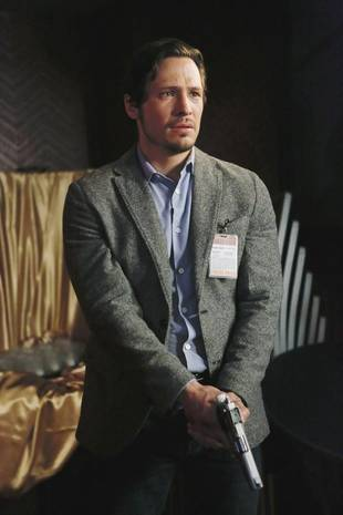 Revenge's Nick Wechsler Doesn't Think Jack and Emily Should Ever Get Together — Exclusive (VIDEO)