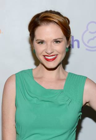 Grey's Anatomy Star Sarah Drew: 5 Fun Facts!