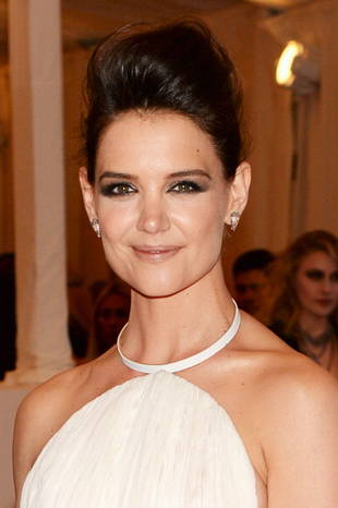 "Katie Holmes Rumored to Be Throwing Herself a ""Divorce Party"" (VIDEO)"