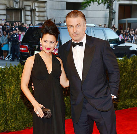 "Alec Baldwin Apologizes For Calling Journalist ""Toxic Little Queen"" on Twitter"