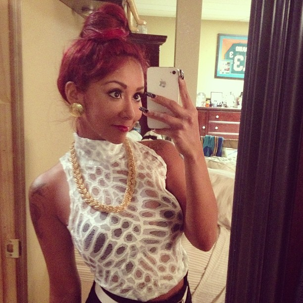 Snooki Wears See-Through White Top! Too Cute or Too Much? (PHOTO)