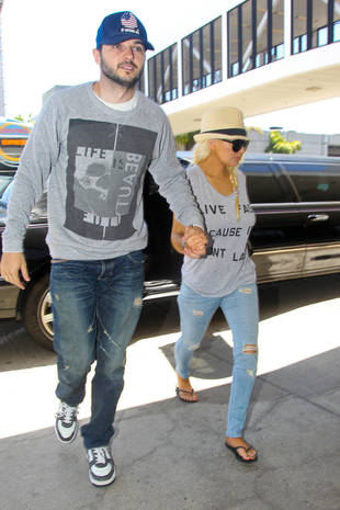 Christina Aguilera Shows Off Slim Figure and Casual Style (PHOTOS)