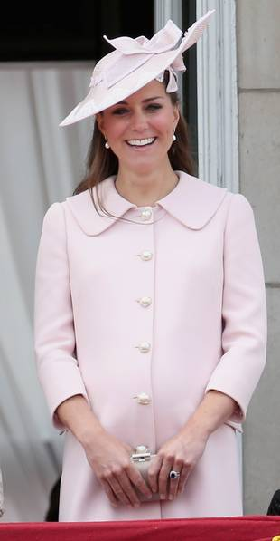 Kate Middleton Urged to Breastfeed the Royal Baby in Public By Advocates