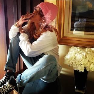 Rihanna Smokes Gigantic Blunts in Amsterdam (PHOTOS)