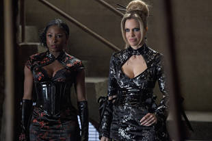 True Blood's Missing Sex Scene: Kristin Bauer on Pam and Tara's Hook Up
