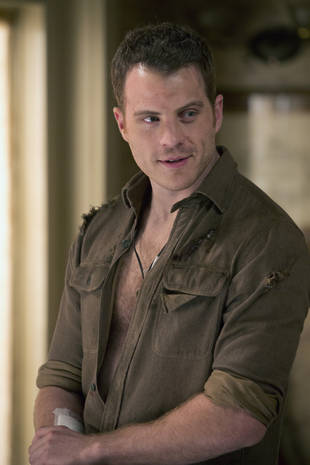 "True Blood's Rob Kazinsky Calls Nude Scenes ""Pretty Damn Terrifying"""