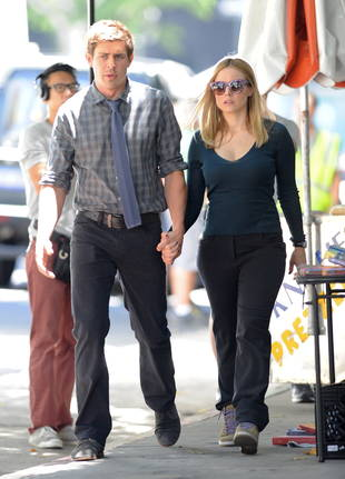 Veronica Mars Movie Spoilers: She's Dating a Guy — Not Logan! (PHOTO)