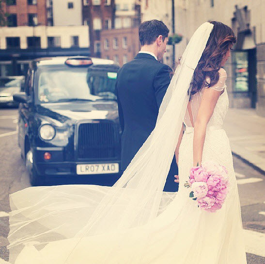 Revenge's Ashley Madekwe Shares Intimate Wedding Pictures a Year Later! (PHOTOS)