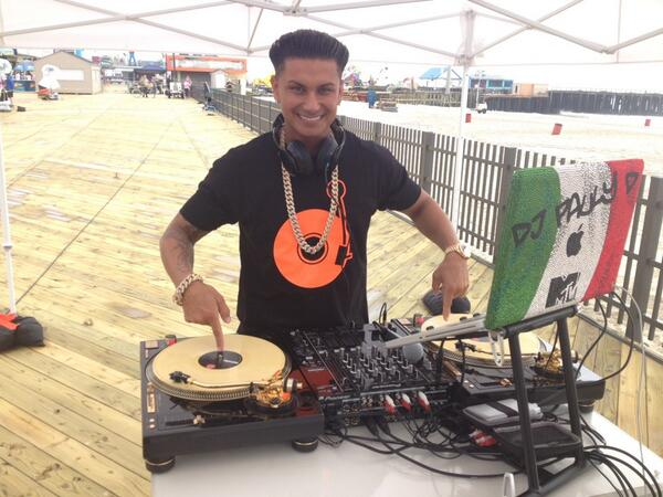 Pauly D Partied With WHICH Surprising And Outspoken Reality Star? (PHOTO)