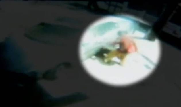 Heroic Mom Dives Under Taxi to Save Her 8-Month-Old Daughter! (VIDEO)