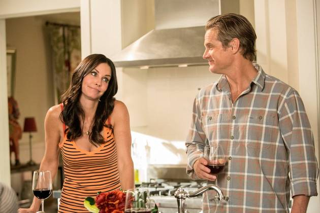 Courteney Cox is Dating Her Cougar Town Co-Star Brian Van Holt: Report