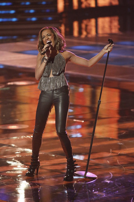 The Voice's Amanda Brown Names Her Favorite Season 4 Finalist!