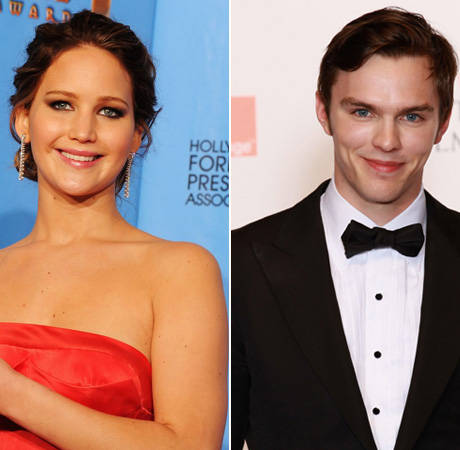 """Exes Jennifer Lawrence and Nicholas Hoult Getting """"Closer"""" on X-Men Set"""