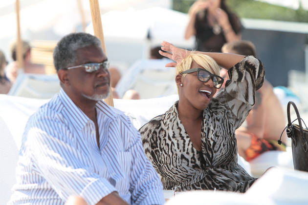 """Nene Leakes Rocks Her Wedding Vows — Wouldn't Say """"For Poorer"""" to Gregg!"""