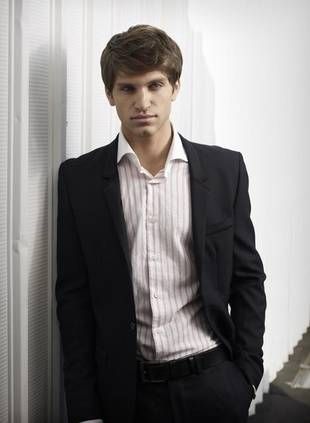 Pretty Little Liars' Keegan Allen to Make His Stage Debut in Small Engine Repair