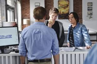 Pretty Little Liars Season 4, Episode 7 Spoilers: 8 Sneak Peek Clues