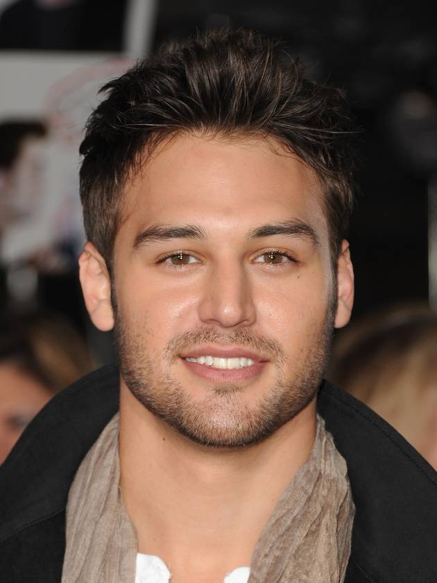 Which Pretty Little Liars Role Did Ryan Guzman Originally Audition For?