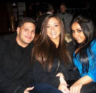 Snooki, Ronnie, and Sammi Look Unrecognizable in Super Old Seaside Photo