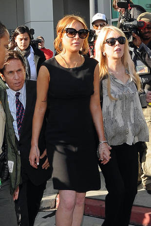 """Lindsay Lohan Is in """"a Great, Healthy Place,"""" Says Mom Dina — Exclusive"""