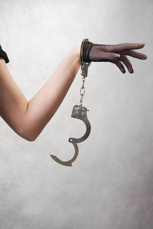 Spike in 'Handcuff Incident' Rescue Calls: All Thanks to Fifty Shades of Grey?