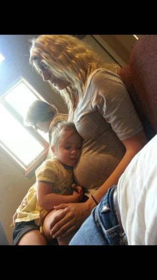Teen Mom 2 Adam Lind's Girlfriend Taylor Halbur Gives Pregnancy Update!