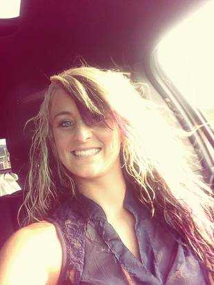"Leah Messer Shows Off ""Crazy Hair"" (PHOTO)"