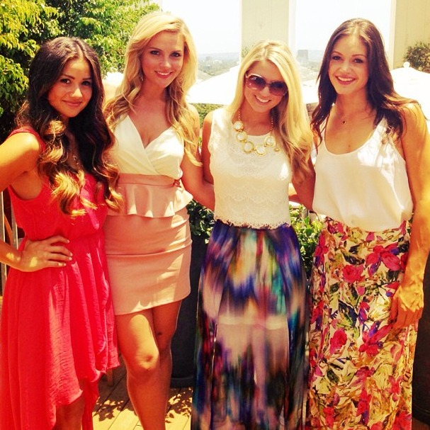 Daniella McBride Celebrates Birthday With Fellow Bachelor Castmates!